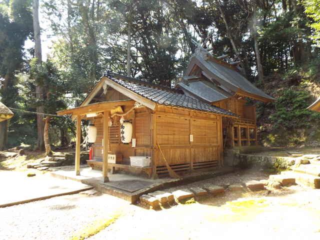 玖夜神社(鞍掛)