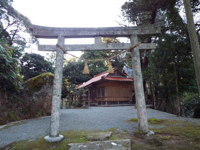 (西)生馬社神社