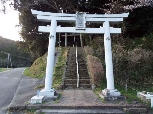 (東)生馬神社
