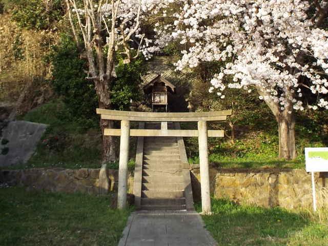 恵曇海辺神社