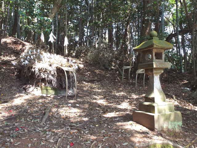竹矢の荒神