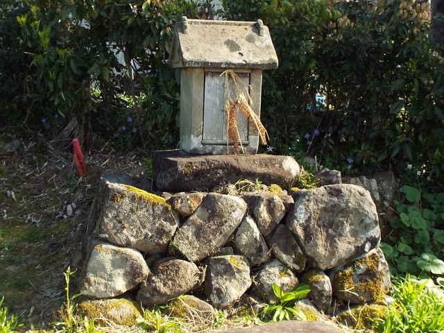 熊山の小祠